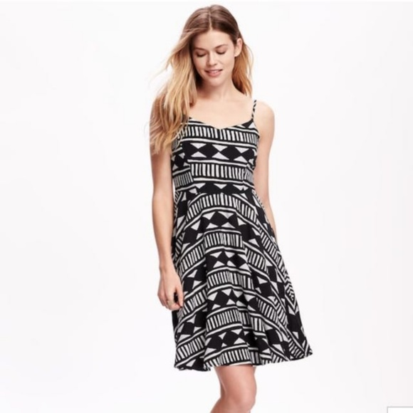 634a226b523 Old Navy Sundress Large P NWT Spring Sale 2  18